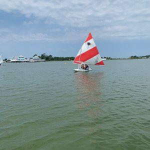 wide shot of boat 5