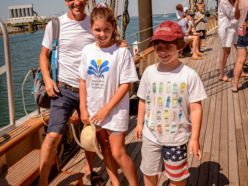 cruise-kid-guests-and-dad-3641.jpg