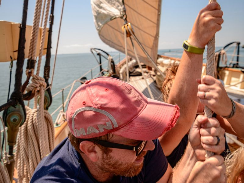 cruise-guests-unfurl-sails-3844.jpg